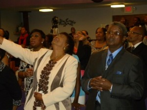 Convocation_2011_Mama-Daddy_praising